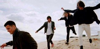 Escucha The Vaccines Come of Age | HTM