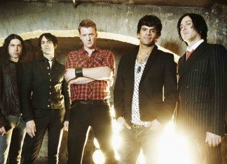 Queens Of The Stone Age 2013