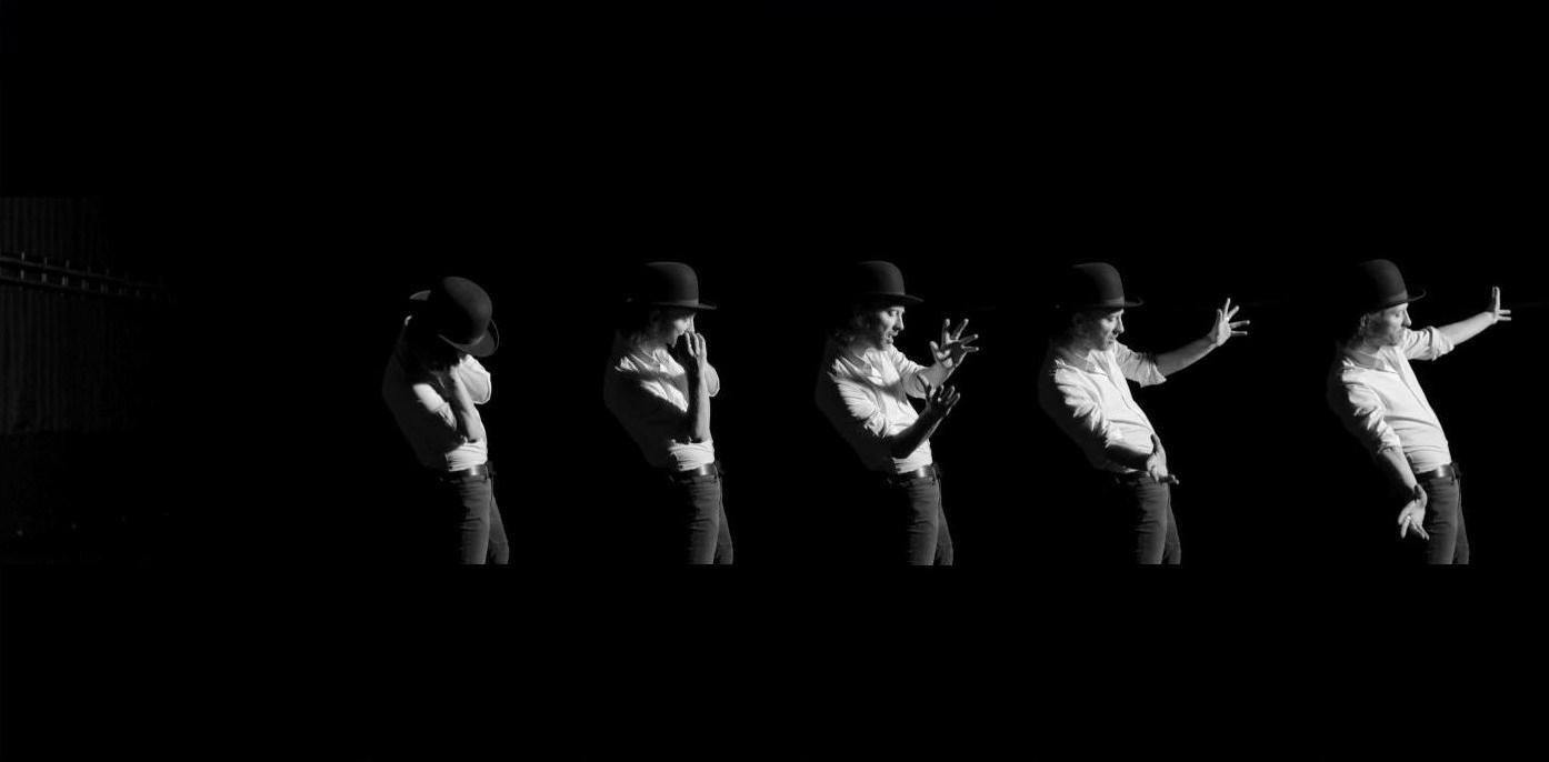 Thom Yorke Se Pone A Bailar