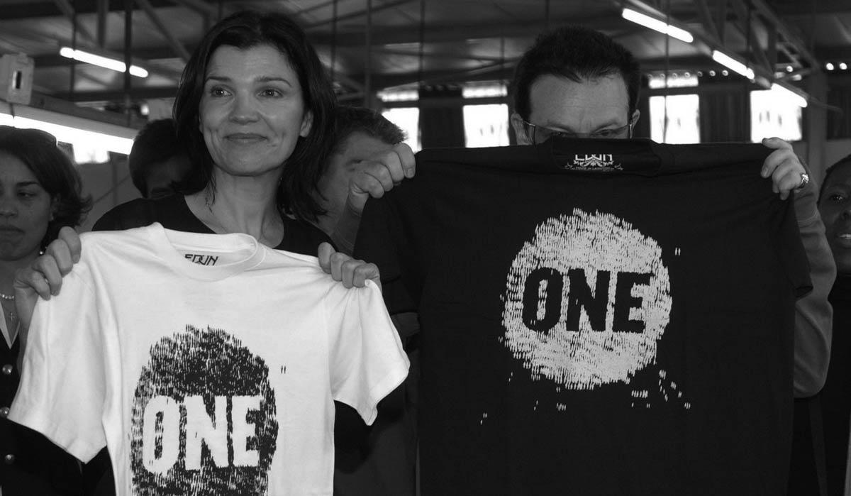 Camisetas diseñadas por Bono
