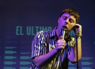 Gerard Alegre de El Último Vecino sobre el escenario del Enofestival 2014