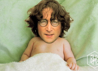 John Lennon bebé