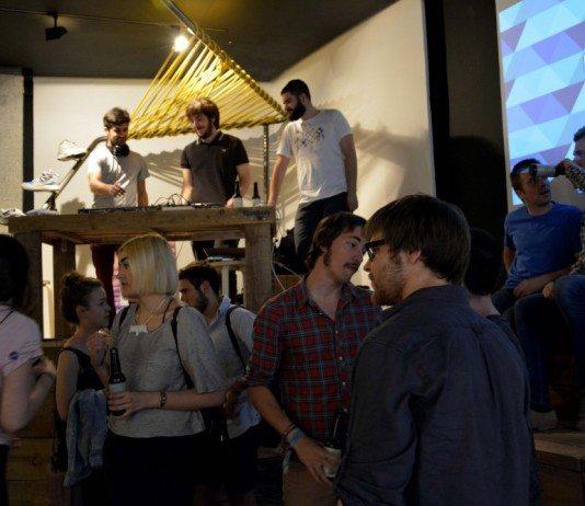 Público del HABLATUMÚSICA Afterwork con Juventud Juché