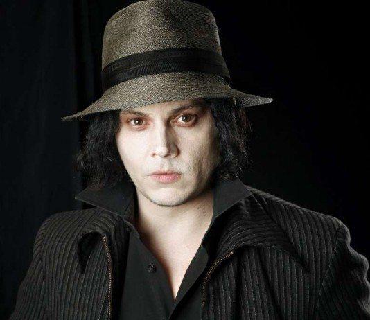 Jack White con un sombrero de fieltro
