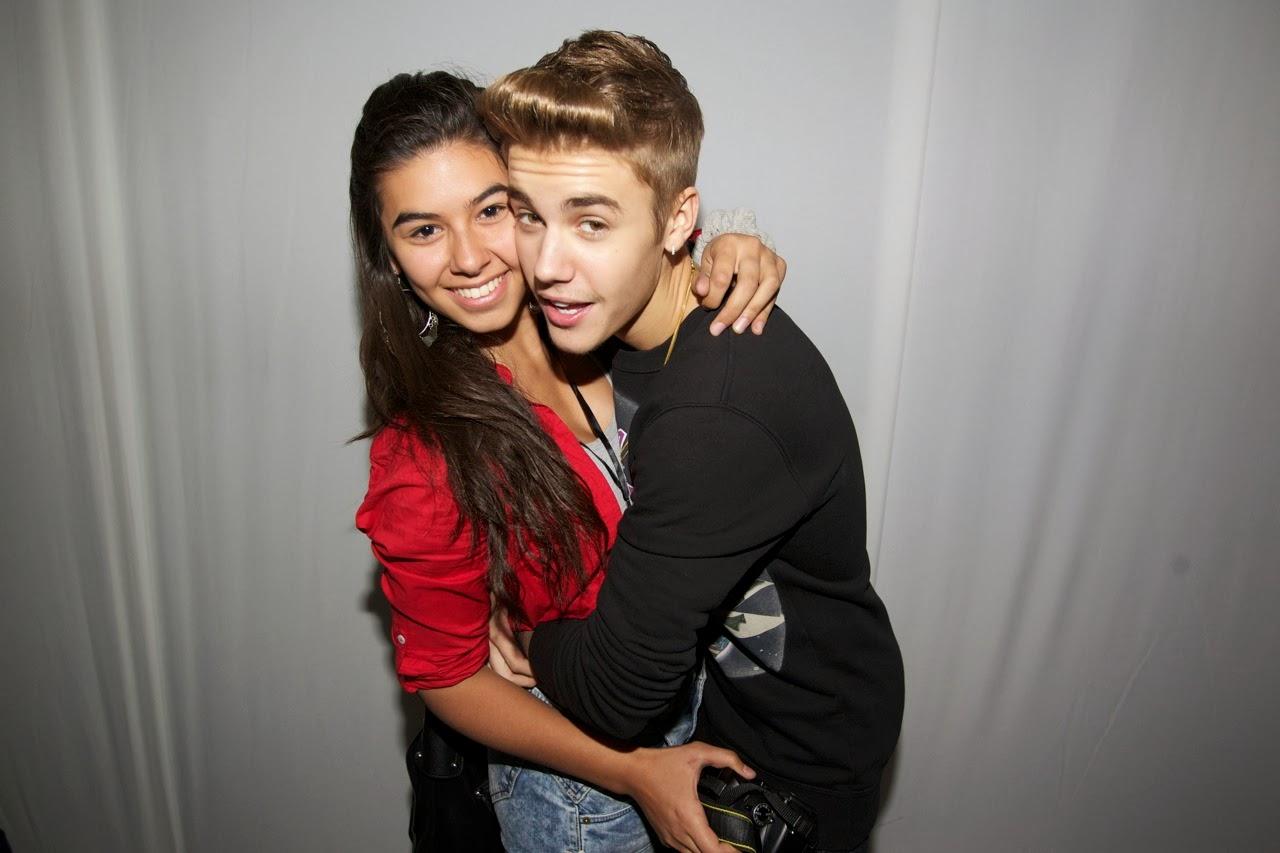 Justin Bieber Meet Greet Abrazando Chica Hablatumsica