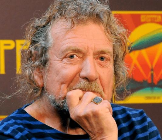 Robert Plant con fondo de Led Zeppelin
