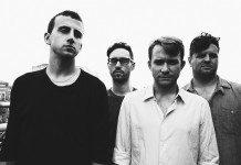 Cymabls Eat Guitars posando para su nuevo álbum 'LOSE' en 2014.