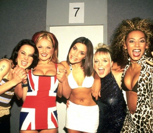 Spice Girls en los Brit Awards de 1997