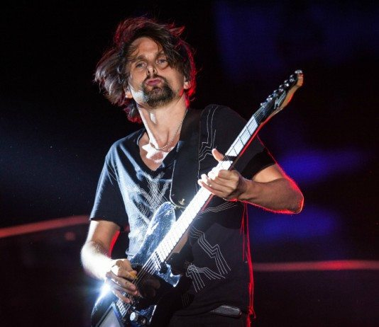 Matthew Bellamy en directo con Muse