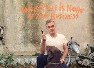 Portada de 'World Peace Is None Of Your Business' de Morrissey.