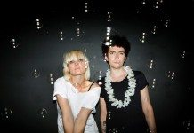 The Raveonettes con pompas