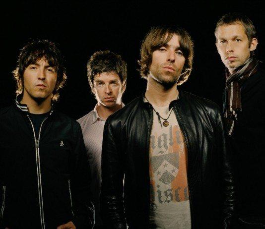 Oasis con un fondo negro