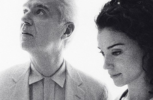 David Byrne and St. Vincent | Escucha Love this Giant | HTM