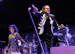 Win Butler de Arcade Fire en el Coachella 2014