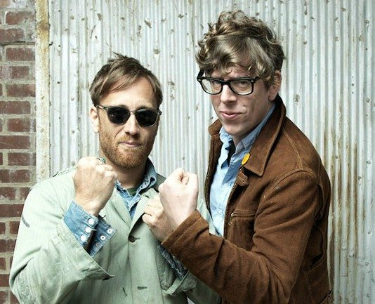 The Black Keys sacando los puños