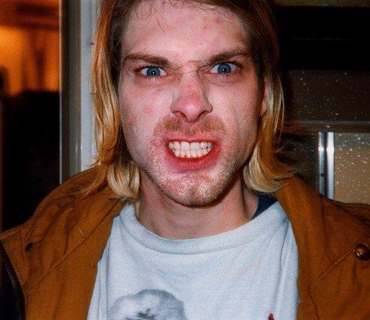 Kurt Cobain enfadado