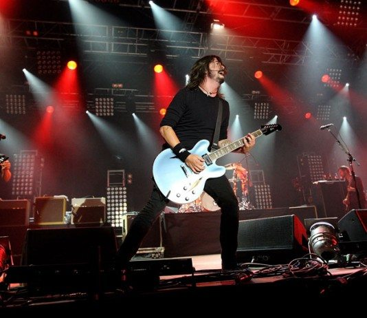 Foo Fighters en directo con Dave Grohl al frente en 2014