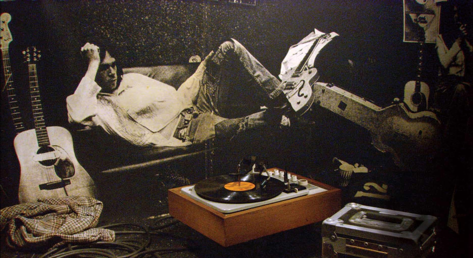 Fotografía de Neil Young en su juventud.