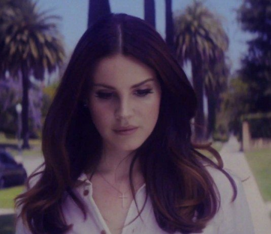 Lana del Rey en videoclip de 'Shades of Cool'