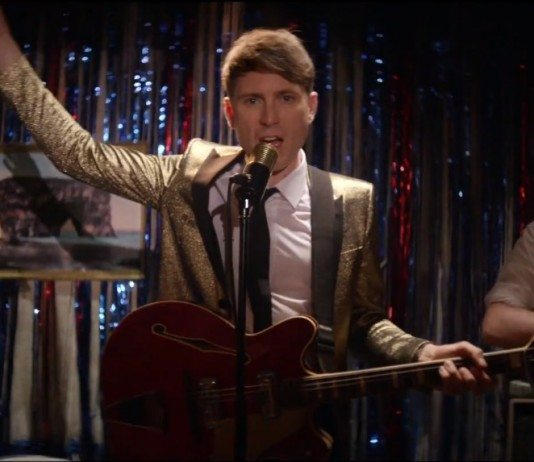 Franz Ferdinand en el videoclip de 'Stand on the Horizon'